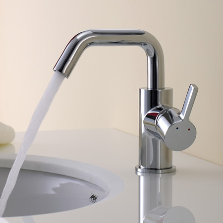 Chrome Finish Solid Brass Bathroom Sink Tap T0541