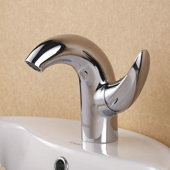 Contemporary Centerset Chrome Finish Bathroom Sink Tap T0548