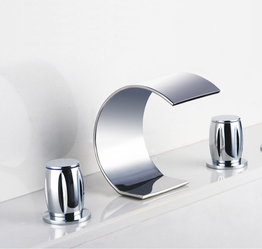 Contemporary Waterfall Bathroom Sink Tap Chrome Finish Widespread T7707
