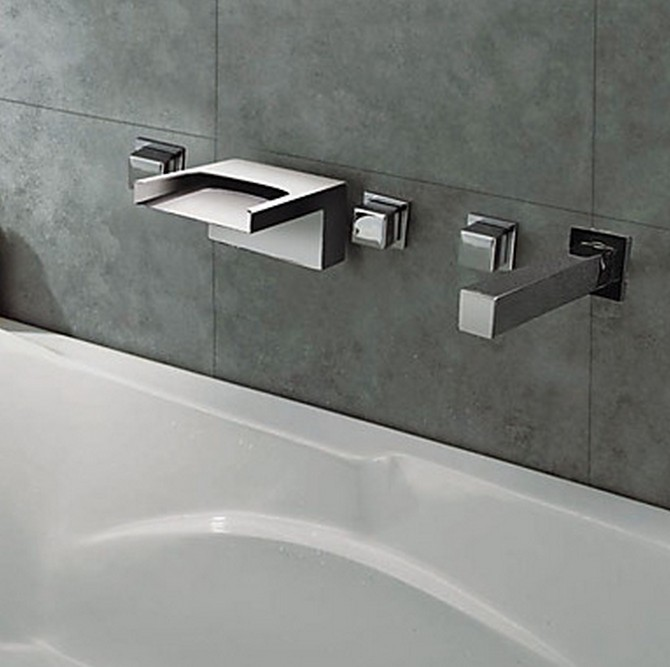 Thermochromic Chrome Finish LED Waterfall Bathroom Tub Tap T8042