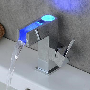 Contemporary Single Handle LED Bathroom Sink Tap T0615F