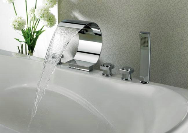 Contemporary Waterfall Tub Tap With Hand Shower T8022